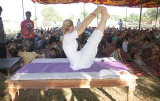 Teaching 300 visiting Boyscouts, Shri Jasnath Asan